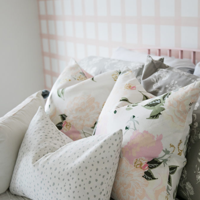 SMI Modern Farmhouse Pretty in Pink Bedroom Reveal